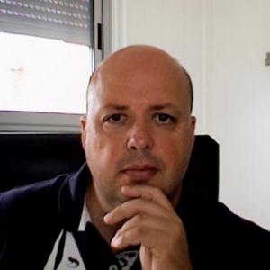 Dr Benoit Cuillerier